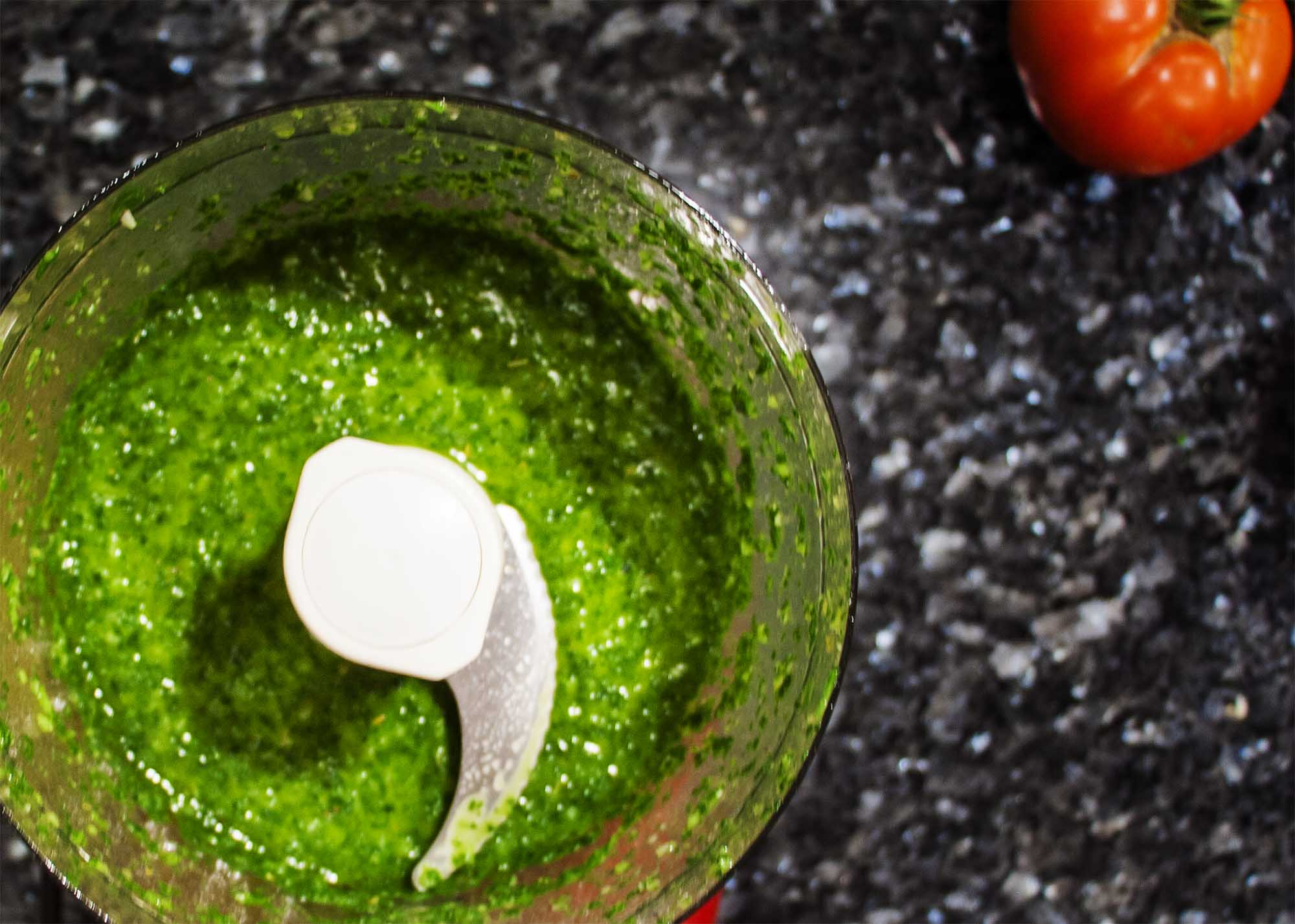 Tangy and Vibrant Chimichurri Sauce - 5 minutes and a handful of ingredients and you'll have one of my favorite sauces for all things grilled | justalittlebitofbacon.com