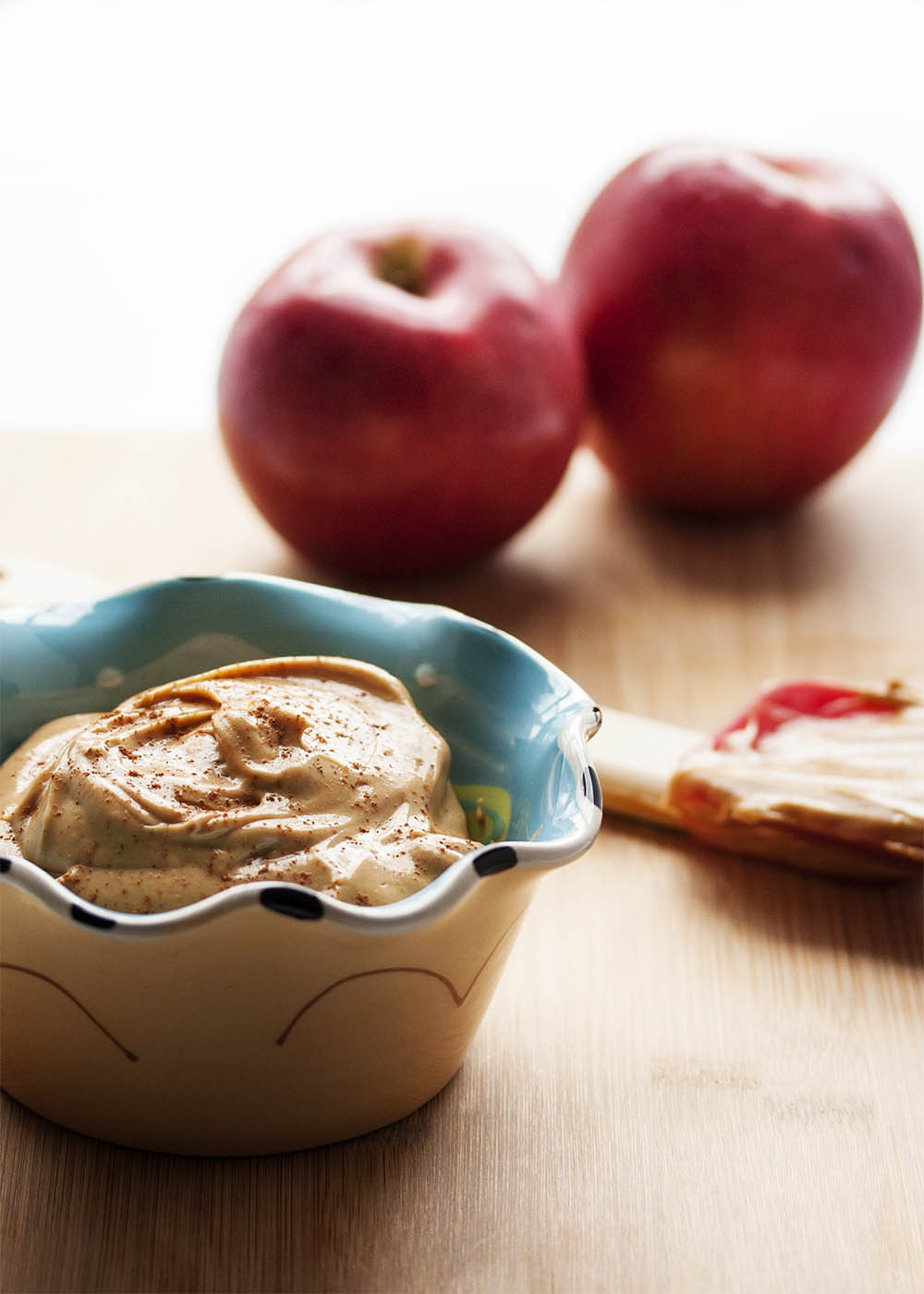 Apple Cider Dip - This cream cheese apple cider dip is packed full of intense cider flavor that will have you coming back for more. | justalittlebitofbacon.com