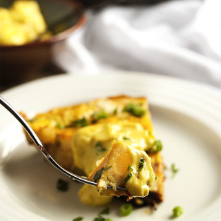 Potato and Chorizo Spanish Tortilla - My Spanish tortilla is full of organic eggs and local chorizo and potatoes. It's bursting with flavor and makes a great lunch or dinner with nice, green salad. | justalittlebitofbacon.com