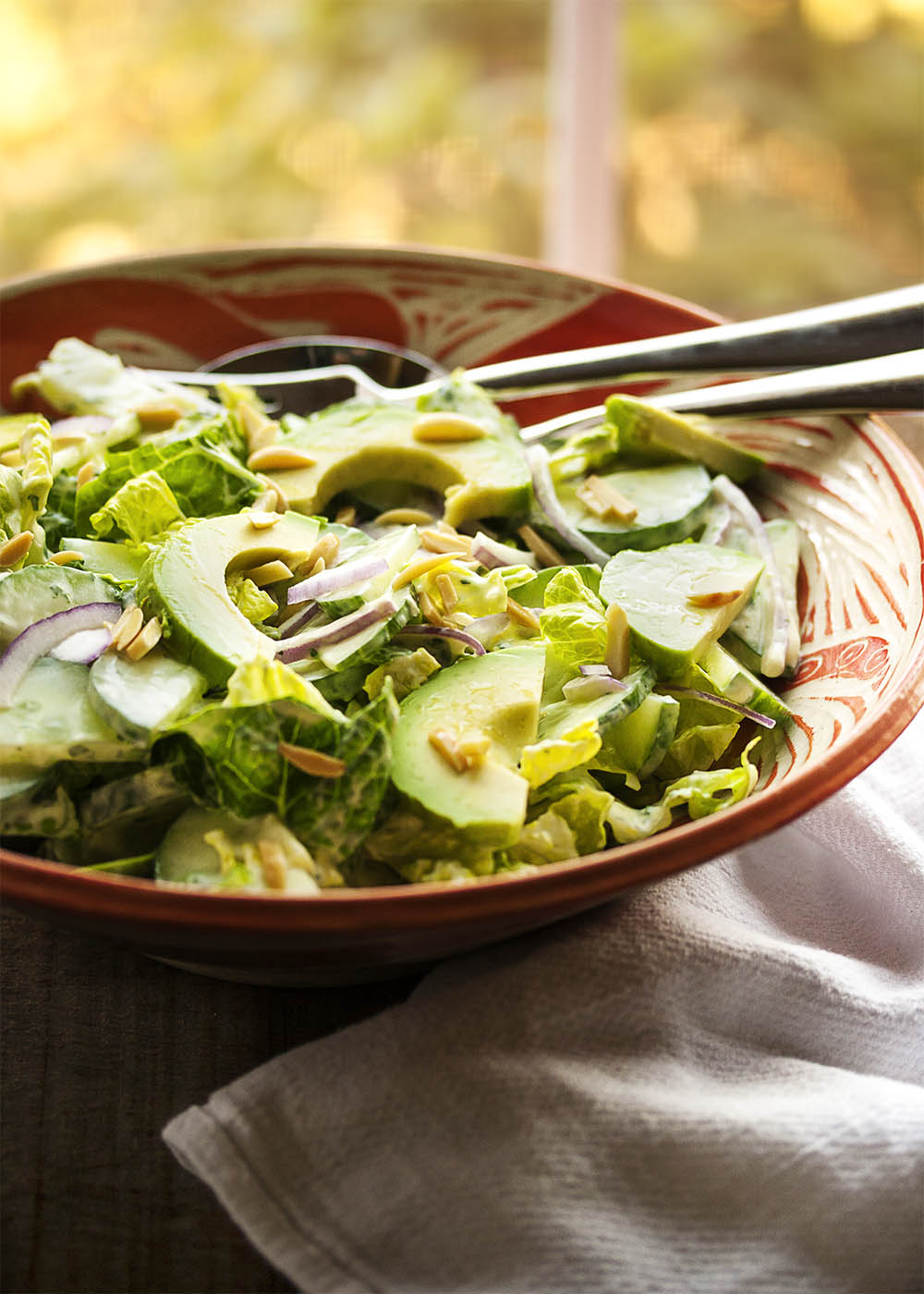 Winter Romaine Salad with Yogurt Dressing - Cold weather doesn't mean the end of yummy salads! It just means that it's time to make robust salads featuring heartier ingredients.   justalittlebitofbacon.com