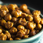 Spiced Dry Roasted Chickpeas