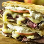 What to do with leftover roast beef? Layer it up on sourdough bread with apples, cheddar, and horseradish sauce for a roast beef panini! Great for lunch or dinner. | justalittlebitofbacon.com