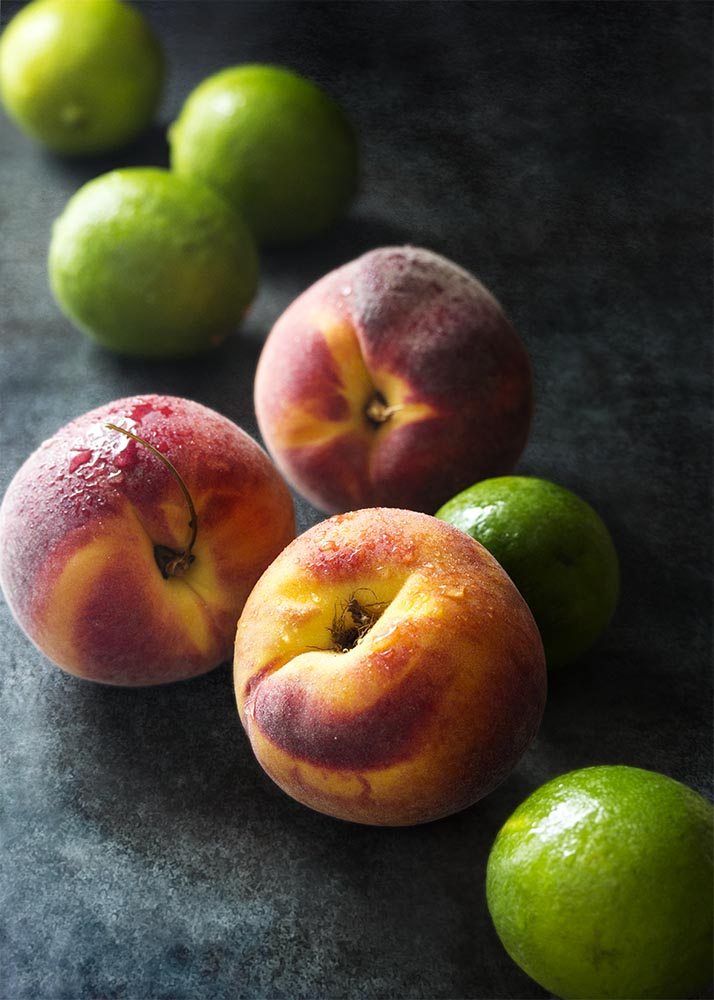 Have some overripe peaches on the counter? Puree them up into an intensely peachy and not too sweet fresh peach margarita on the rocks!   justalittlebitofbacon.com