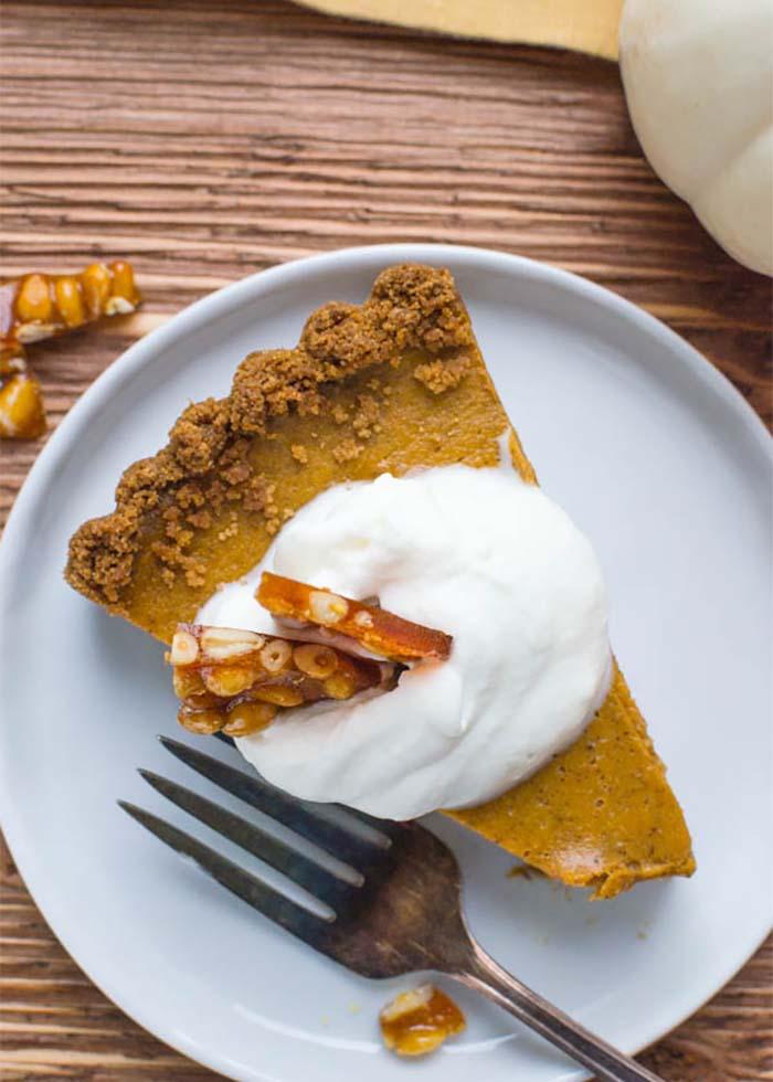 Thanksging pumpkin pie with gingersnap crust