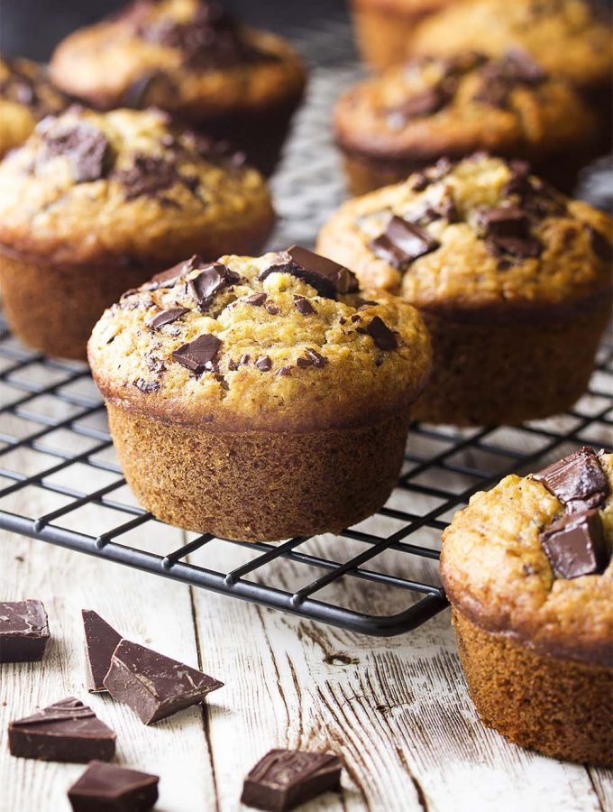 You'll love these simple and moist chocolate chip banana oat muffins! Perfect for a quick breakfast or a tasty snack on the go and they freeze well too! | justalittlebitofbacon.com #muffins #breakfast #bananas #muffinrecipes #breakfastrecipes #baking